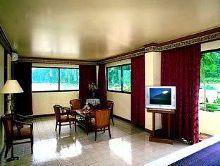 Phi Phi Hotel maya suite