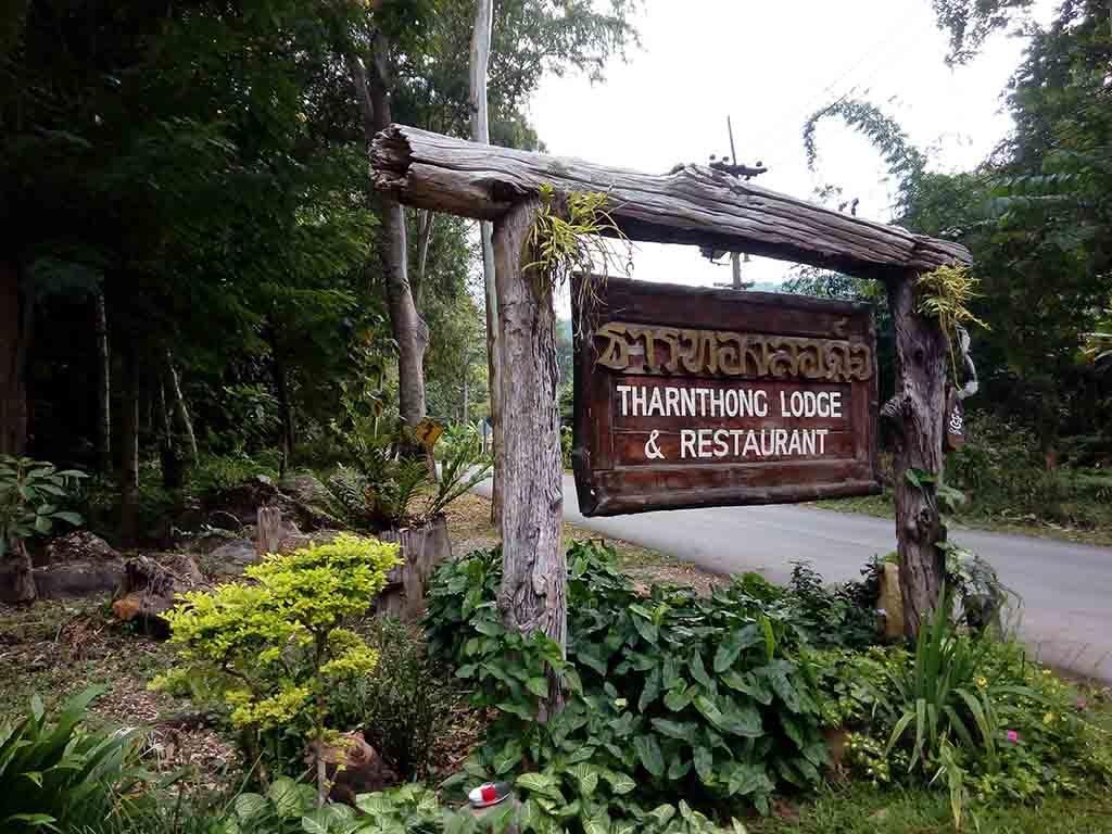 Mae Kampong, Chiang Mai -Tharnthong Lodge Sign