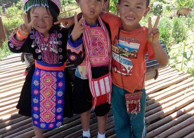 Chiang Mai, Mon Cham - hmong kids