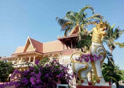 chiang mai,wiang kum kam- temple with statue