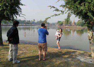 sukhothai - historical park - family at the lake