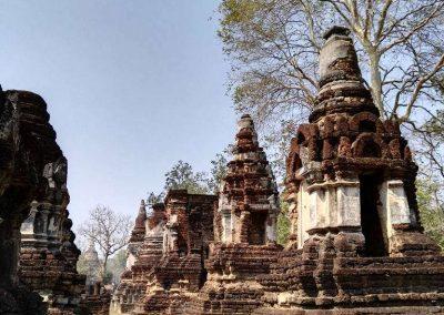 Si Satchanalai, historical park- wat suan kaeo uttayan yai side view