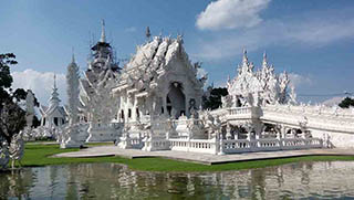 Chiang Mai Tours - White Temple Wat Rong Khun - Golden Triangle Tour