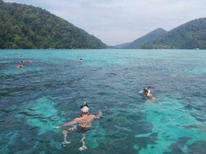 Snorkeling at Ae Bon