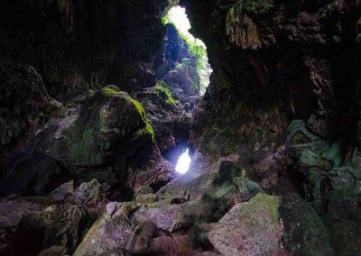 Yai Cave