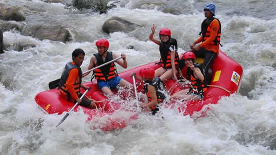 Rafting dans la province de Phang Nga, Thaïlande